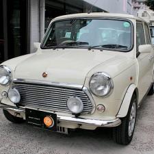 多摩市にお住まいのS様へ、ローバーミニ40th Anniversary LTDをご納車致しました!