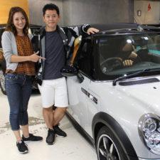 川崎市にお住いのW様にクーパーSコンバーチブル限定車サイドウォークをご納車いたしました!