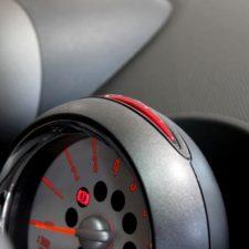【高性能セキュリティでMINIを守る】iRオススメ商品はコレだ!中古車のセキュリティ事情をご紹介します
